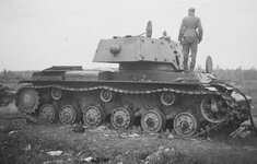 KV-1_with_additional_armour_side_view.jpg